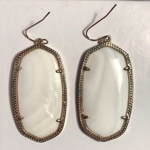 Kendra Scott Danielle Earrings in White Pearl